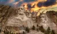 Take a walk around Mount Rushmore Park